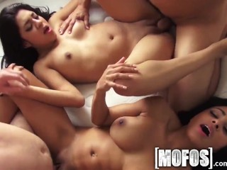 Retired Pussy Mofos - Crazy Orgy Party With Curvy Teens, Orgy Pornstar Teen Pov