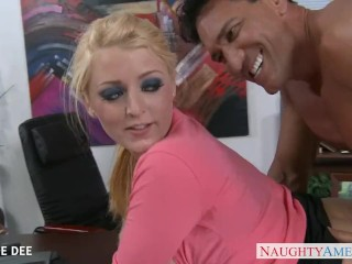 Xxx Super Squirt Awesome Sophie Dee Fucking In The Office