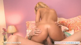 Nasty oral blondie aniston gives nicole sex big big