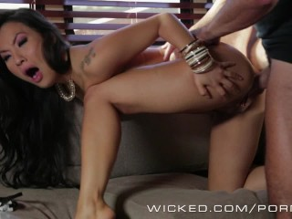 Wicked - Cowboy fucks Asa Akira in the ass