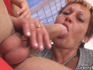 Tonya kays bare tits
