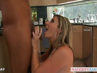 Chesty milf Sara Jay take cock