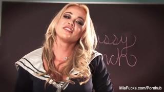 Mia Lelani rubs her wet pussy Solo talk