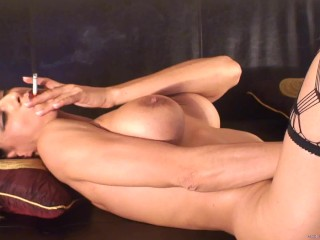 Preview 3 of Sandi Squirts Smoking