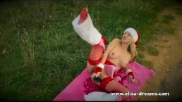Dirty Elisa Claus likes huge cocks