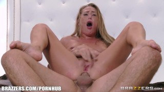 Homeless girl Carter Cruise cleans up nice Brazzers