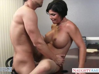 Amateurs Strip Poker Sexy brunette milf Shay Fox gives head