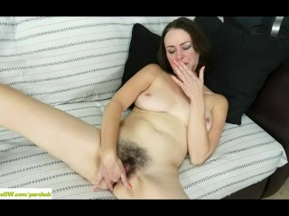 MILF Veronica Smith Fingers Hairy Pussy