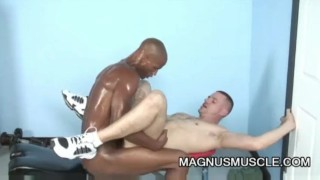 Park Wiley and Billy Long: Black On White Anal Exercise Teen tit
