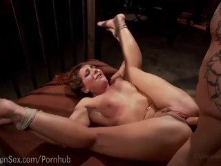 Savannah Fox Squirting Bondage Sex