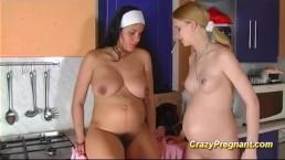 cute lesbian pregnant teens
