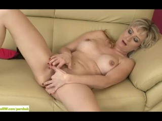 Horny Wife Samantha Marty Masturbates