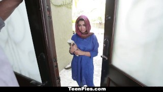 TeenPies - Muslim Girl Praises Ah-Laong Dick porno