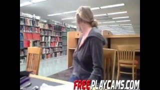 Порно Tube - Большие Сиськи Кендра Сандерленд Мастурбирует В Публичной Библиотеке