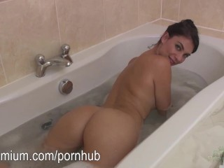 Aderet Grill And Salads Dallas Tx Fucking, Roxy take a bubble bath Teen