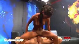 Gorgeous Ebony babe Zara Gets pounded