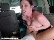 Milf gets fucked in her minivan - Brazzers