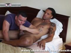 Sucking sexy mixed straight dude