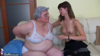Big BBW Granny playing with to young Girl Small babe