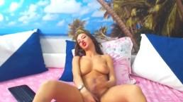 Pretty Shemale Cam Video