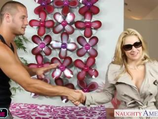 Chesty blonde sarah vandella gets massaged and fucked