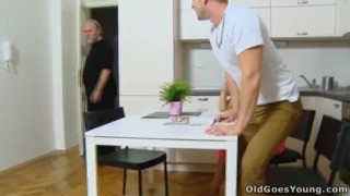 Old Goes Young - Lora and her man are in the kitchen porno