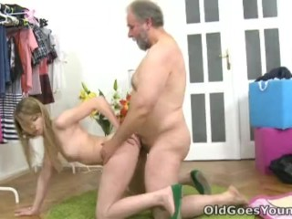 Old Goes Young – After a lengthy doggie style fucking Sveta gets her old