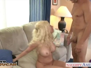 Busty cougar Gina Lynn fucking