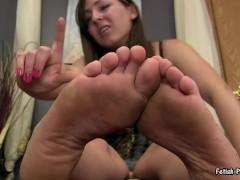 fetish-princess kristi dirty feet pov&humiliation