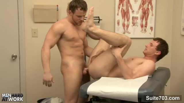 Sexy Patient Gets Fucked By Gay Doctor - Pornhubcom-4116