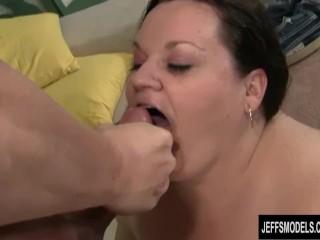 Joanna Roxxx gets her fat ass fucked