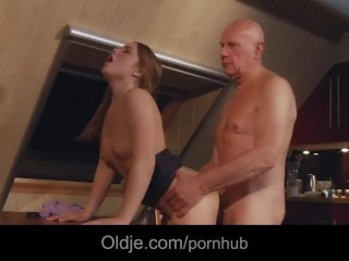 Sienna Miller And Hayden Christensen Sex Scene Fucking, Bald old man fucking doggie his horny youthf