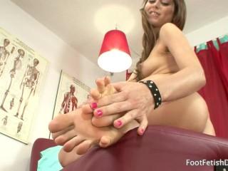 Riley Reid - Foot Fetish JOI
