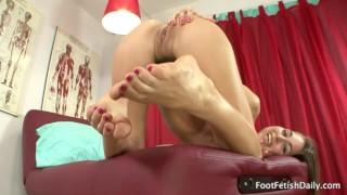 Preview 6 of Riley Reid - Foot Fetish JOI