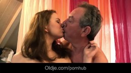 Old man wakes up to fucks his nymphomaniac young girlfriend