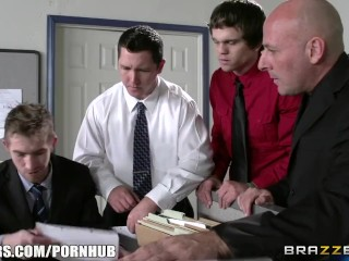 Selena santana gets fucked in the office - brazzers