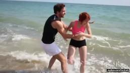 Joybear - Sesso&Fitness con una bella ragazza rossa!