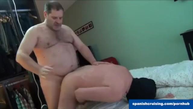 Gay man naked spanish Hung daddy bear fucking