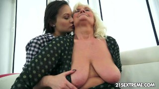 Anina loves the taste of an old pussy Big tits