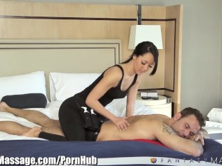 Amateur Bondage Free Video Travelling Businessman gets Erotic Hotel Massage