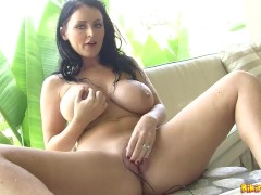 Sophie Dee - Hot Tub Strip & Play