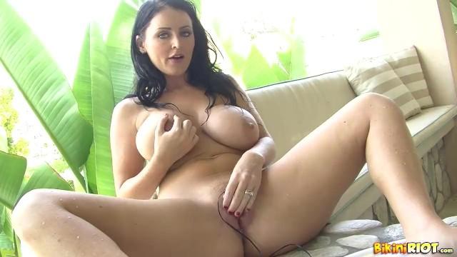 Sophie dee pornstar Sophie dee - hot tub strip play