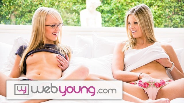Help resume teen - Webyoung scarlet red helps teen lesbian cum