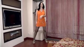 Kaira enjoys masturbating after her sexy stripping porno
