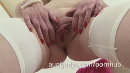 Slender MILF Scarlet Gets Naked and Masturbates