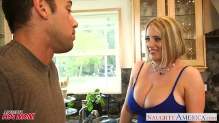 Voluptuous blonde mom Maggie Green gives titjob Big british