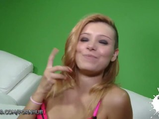 LECHE 69 Amateur Teen squirts in Casting