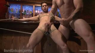 Hot date handyman punishes creepy bar bluecollar