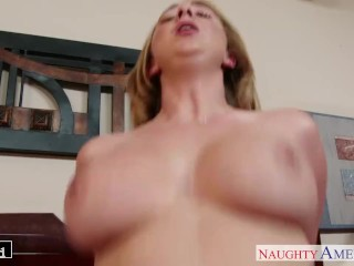 Blonde babe Brooke Wylde fucking