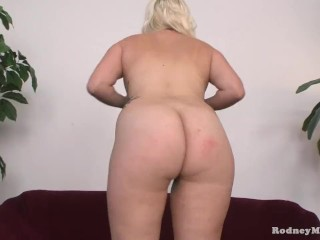 Chubby Amateur Blonde Shy Slut Evie Bald Pussy Gets Spanking and Sucks Cock